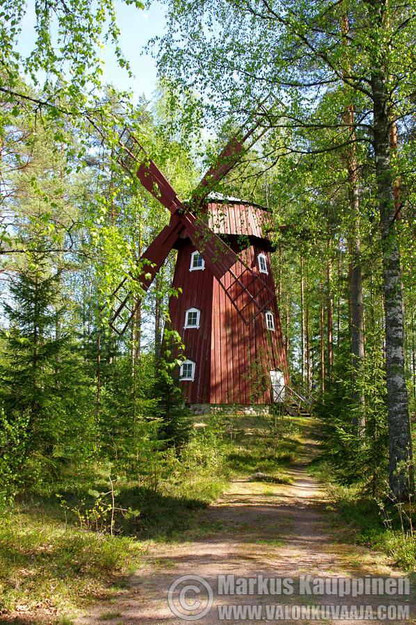 Laurinmäen ulkoilmamuseon tuulimylly. Kuvaaja: Markus Kauppinen