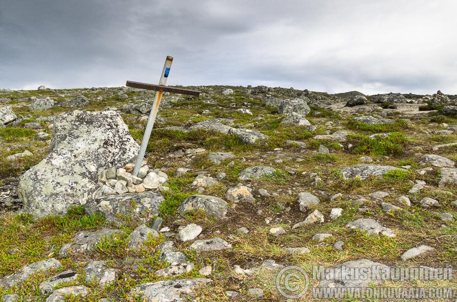Muistomerkki Saana tunturilla. Kuvaaja: Markus Kauppinen